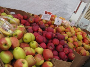Fresh, crisp and juicy apples and pears from Kiyokawa Orchards this Saturday.