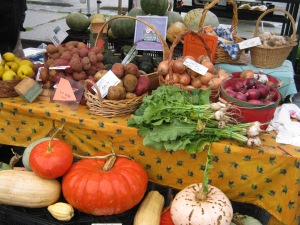 Pitkin-Winterrowd Farms, and 5 other local farms will be selling fresh produce all winter.